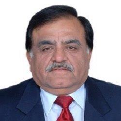 Headshot of Suresh Kumar