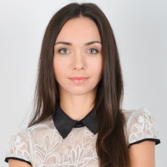 Headshot of Anna Kaliak