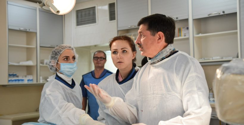 Photo of doctors in Kyiv operating room